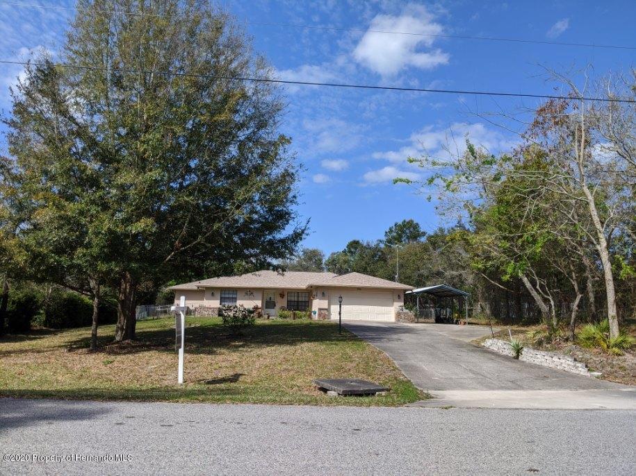 7103 Owl Road, Weeki Wachee, FL 34613