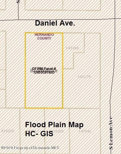 Listing photo id 2 for 211 Daniel Avenue