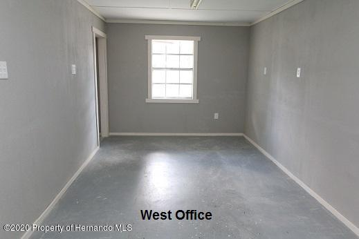 Listing photo id 9 for 22287 Cortez Boulevard .