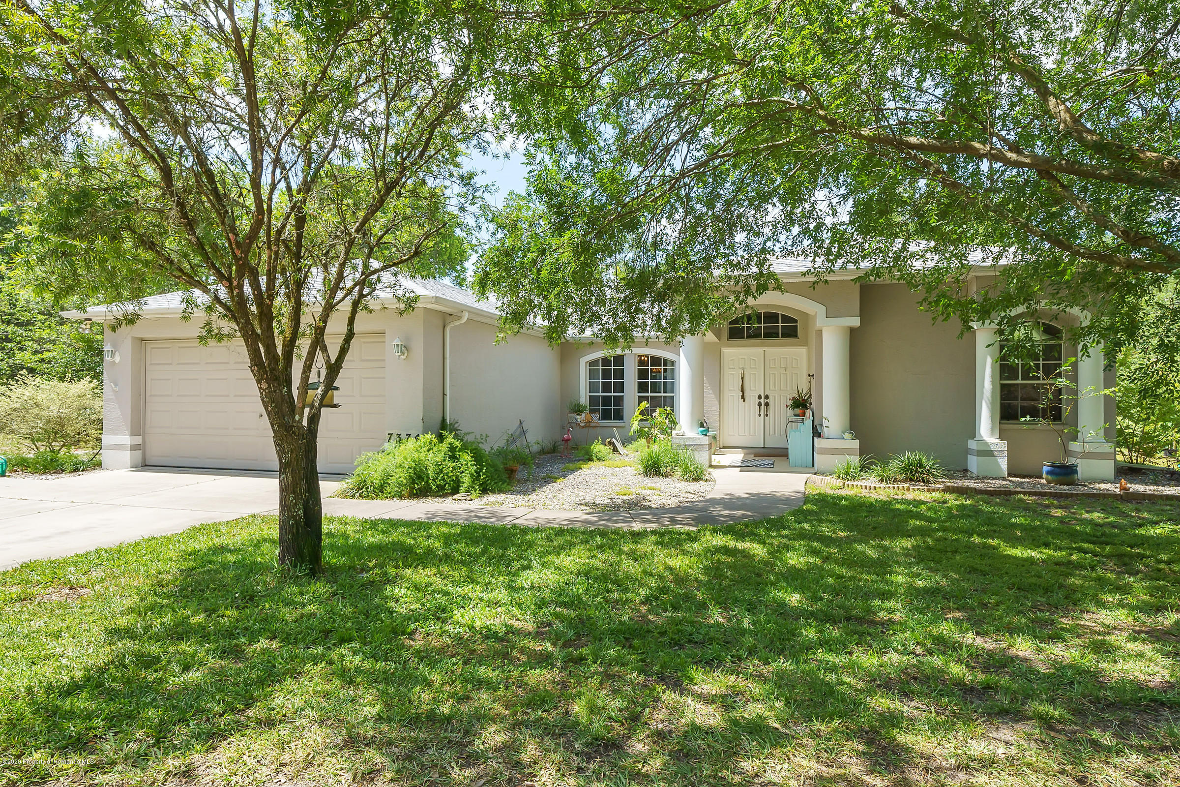 7374 E Shadywoods Court, Floral City, FL 34436