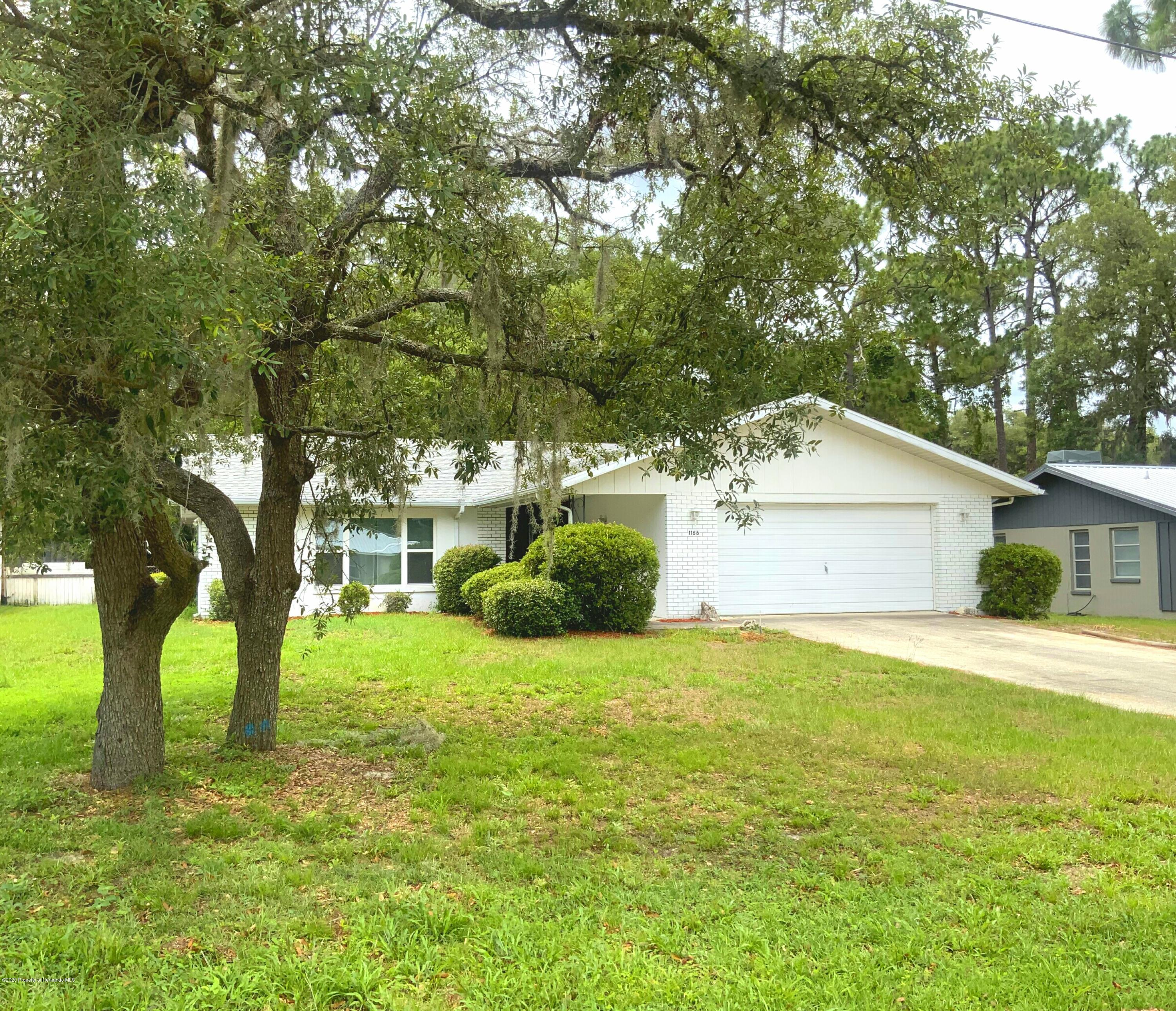 1166 N Lyle Avenue, Crystal River, FL 34429