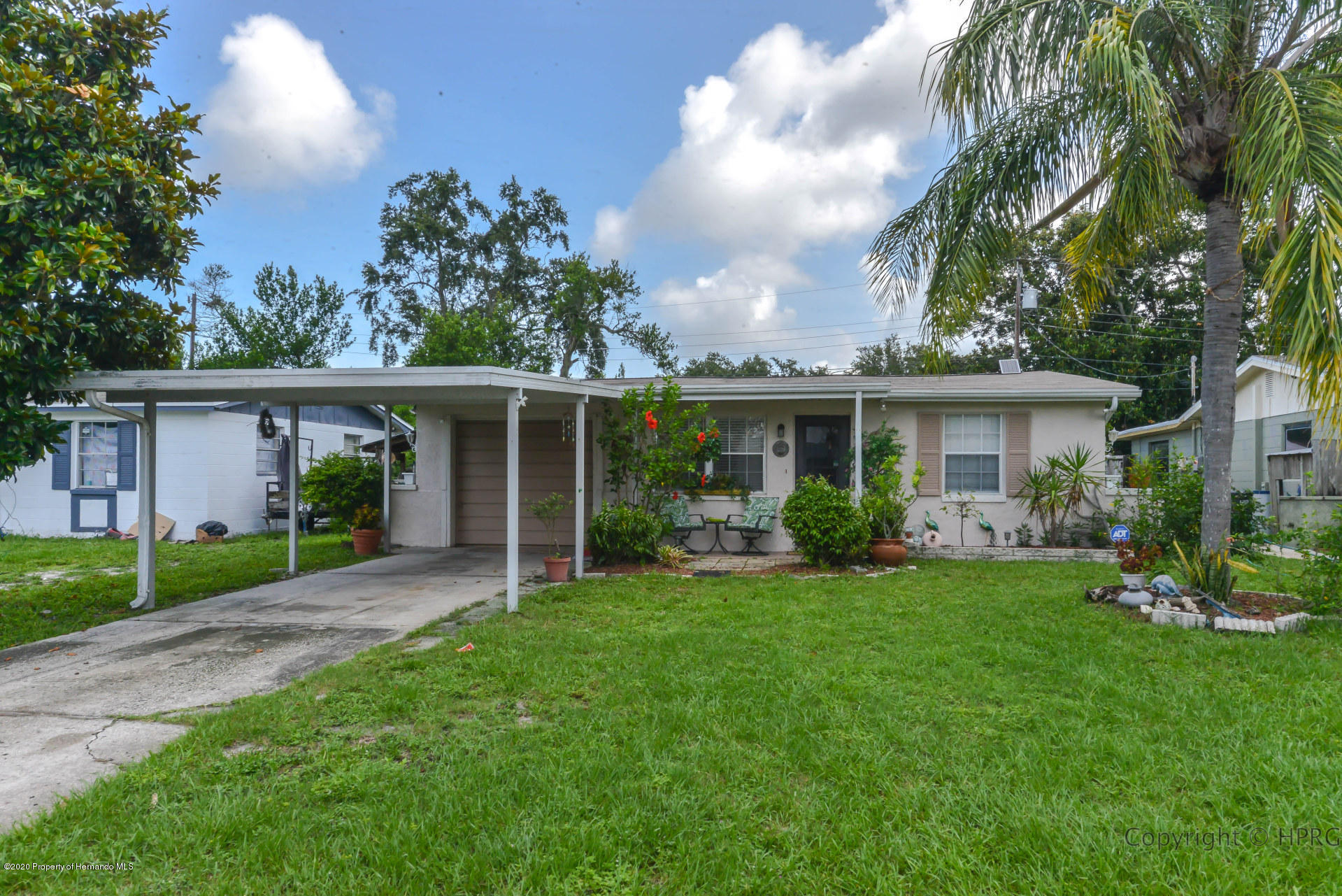 4847 Briar Hill Court, Holiday, FL 34690
