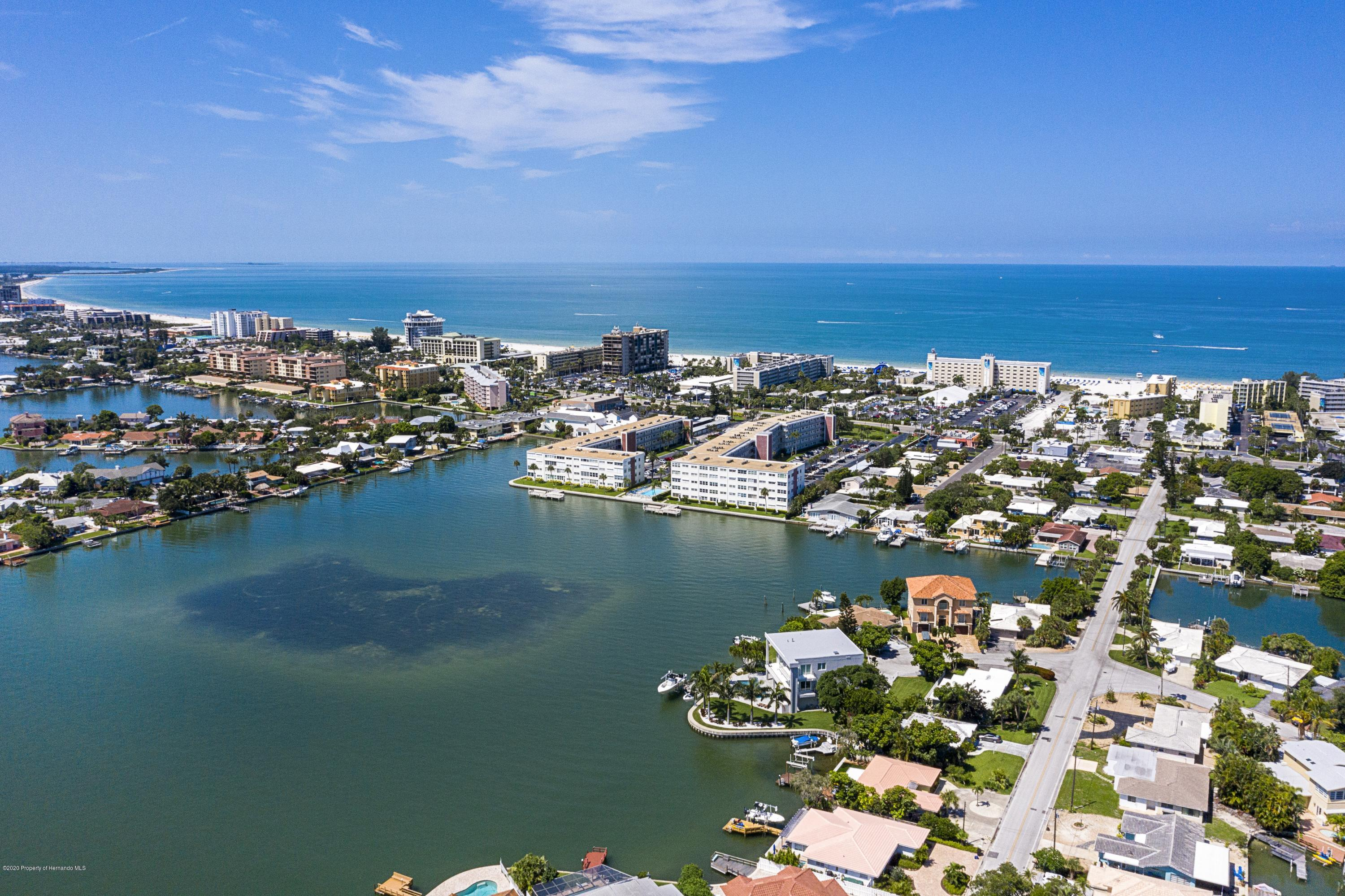 Image 3 For 5555 Gulf Boulevard 303