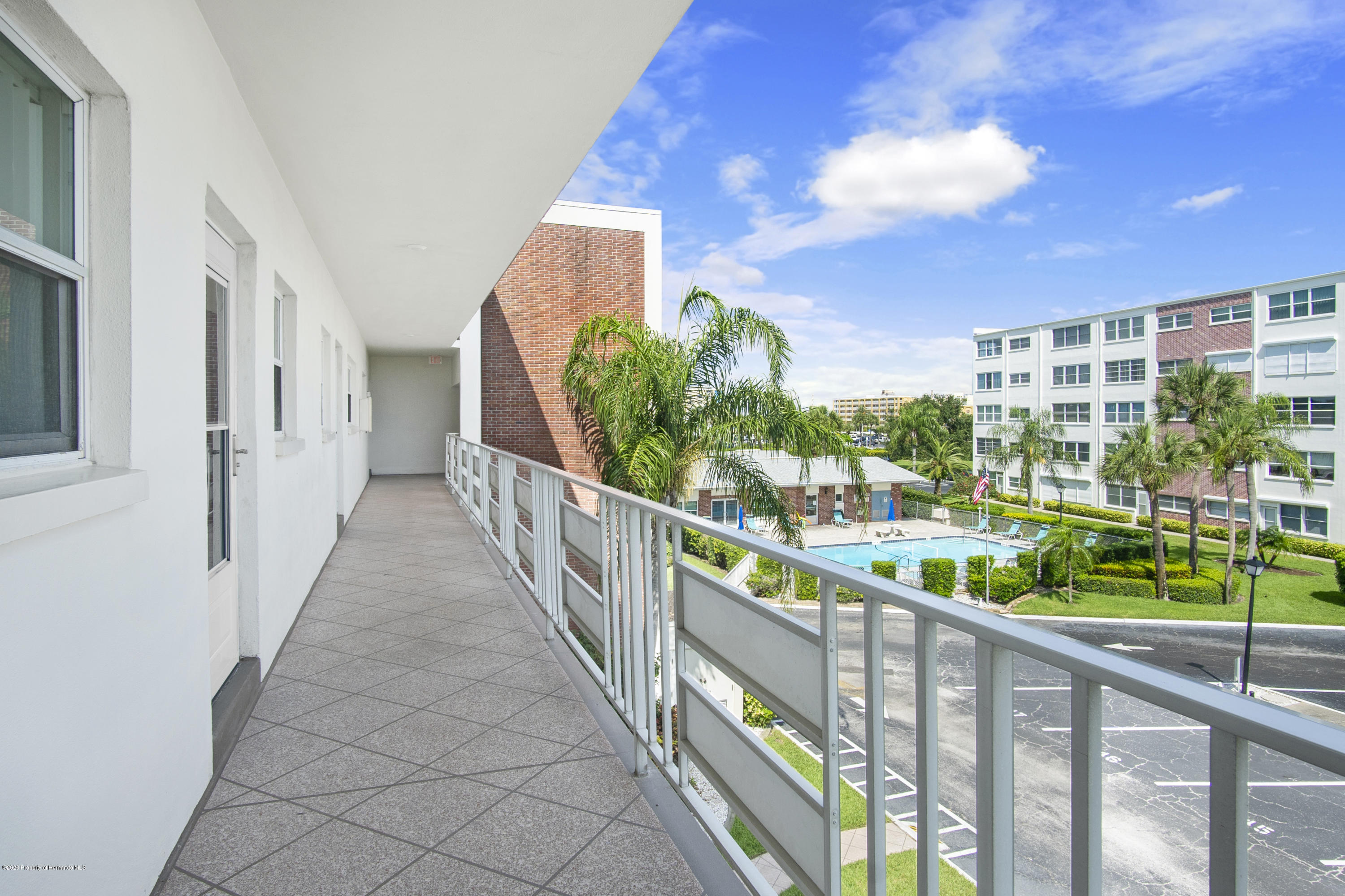Image 21 For 5555 Gulf Boulevard 303