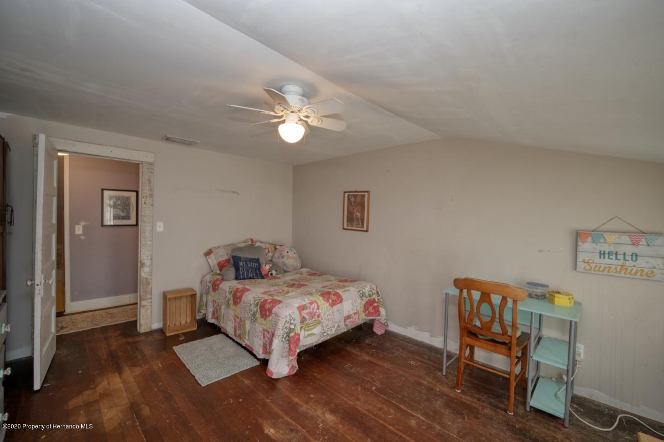 Image 17 For 418 E Orange Street