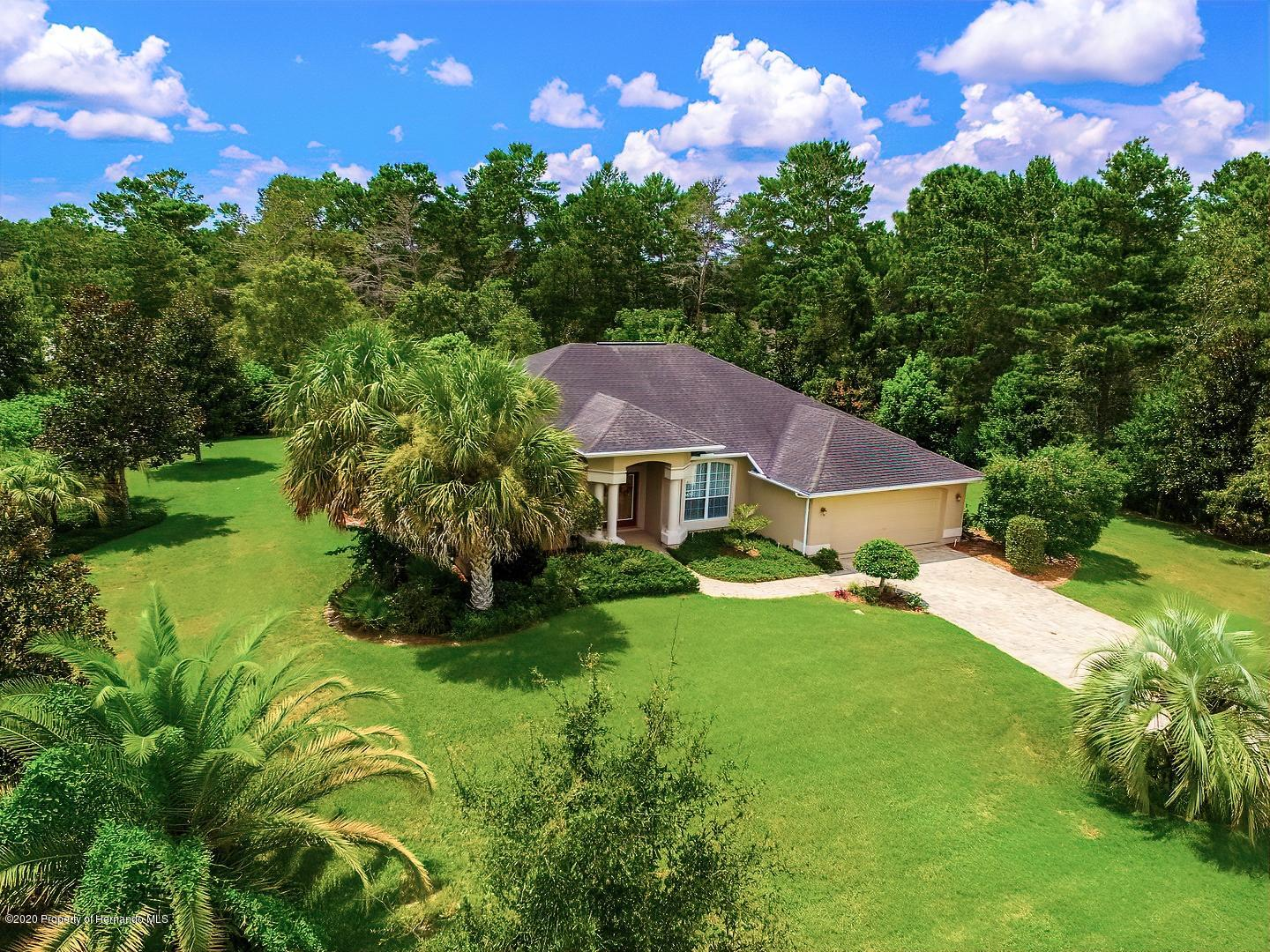 10039 Hernando Ridge Road, Weeki Wachee, FL 34613