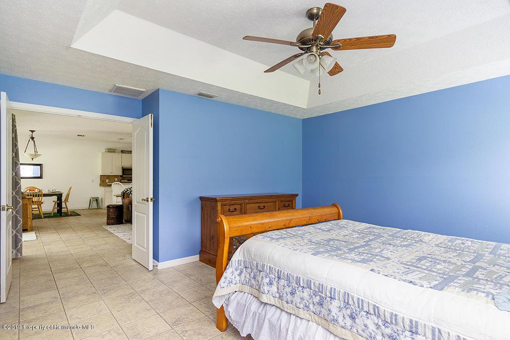 Lisitng Image number38 for 9022 S Evans Avenue
