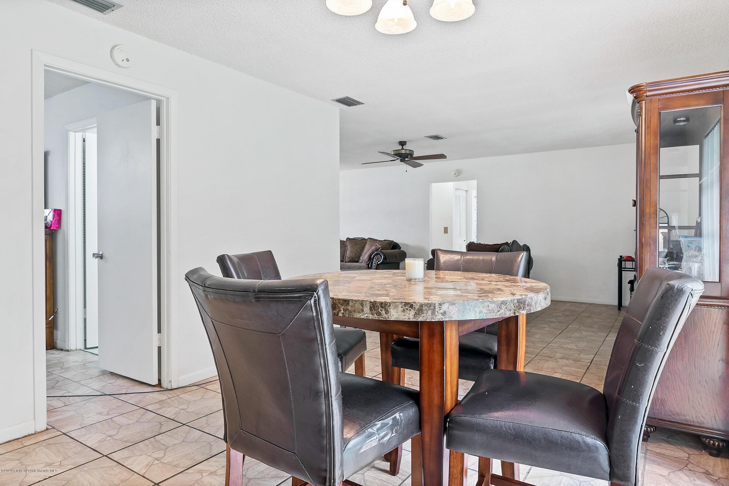Image 10 For 3430 Lambert Avenue