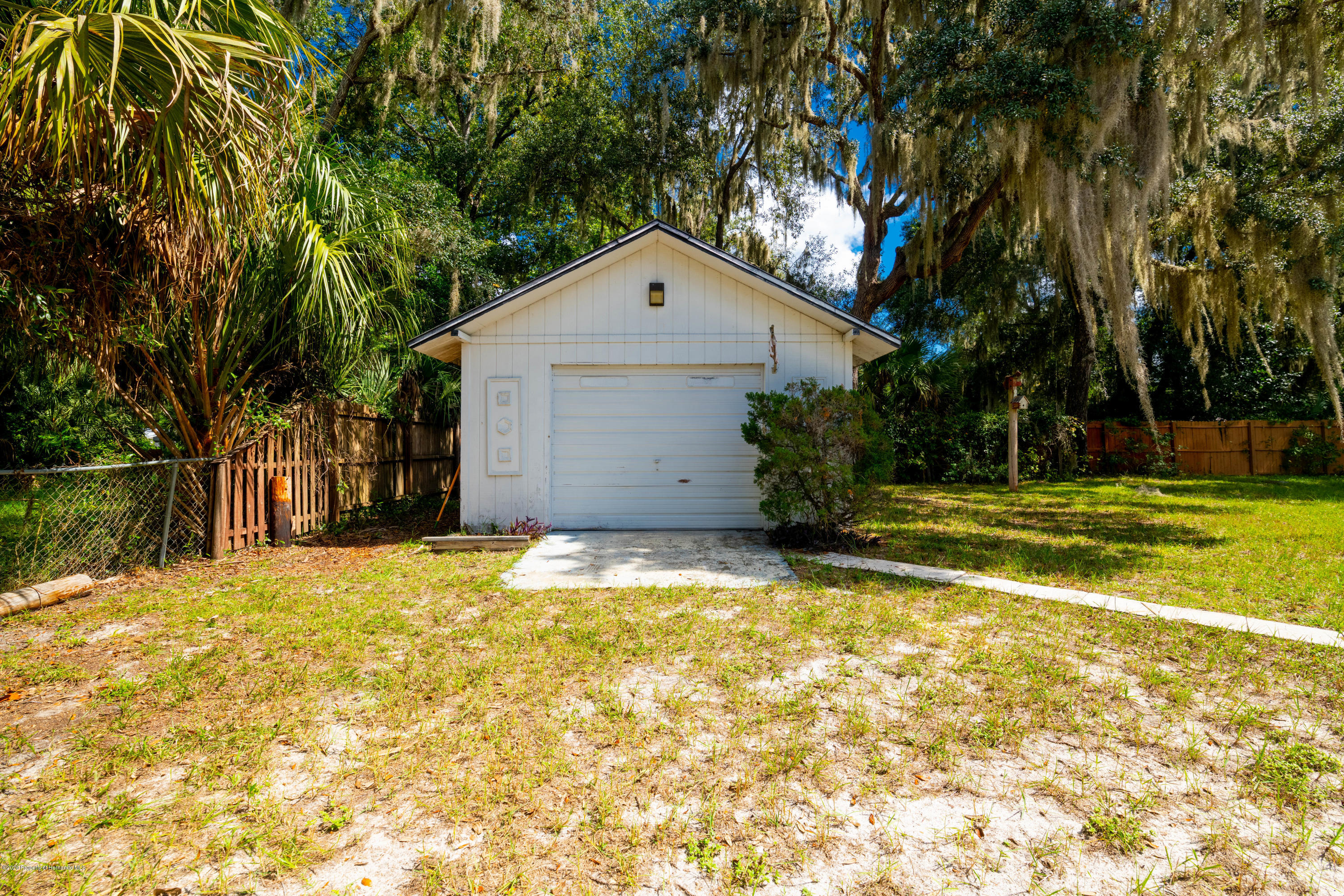 Lisitng Image number2 for 2041 Nw 15th Court