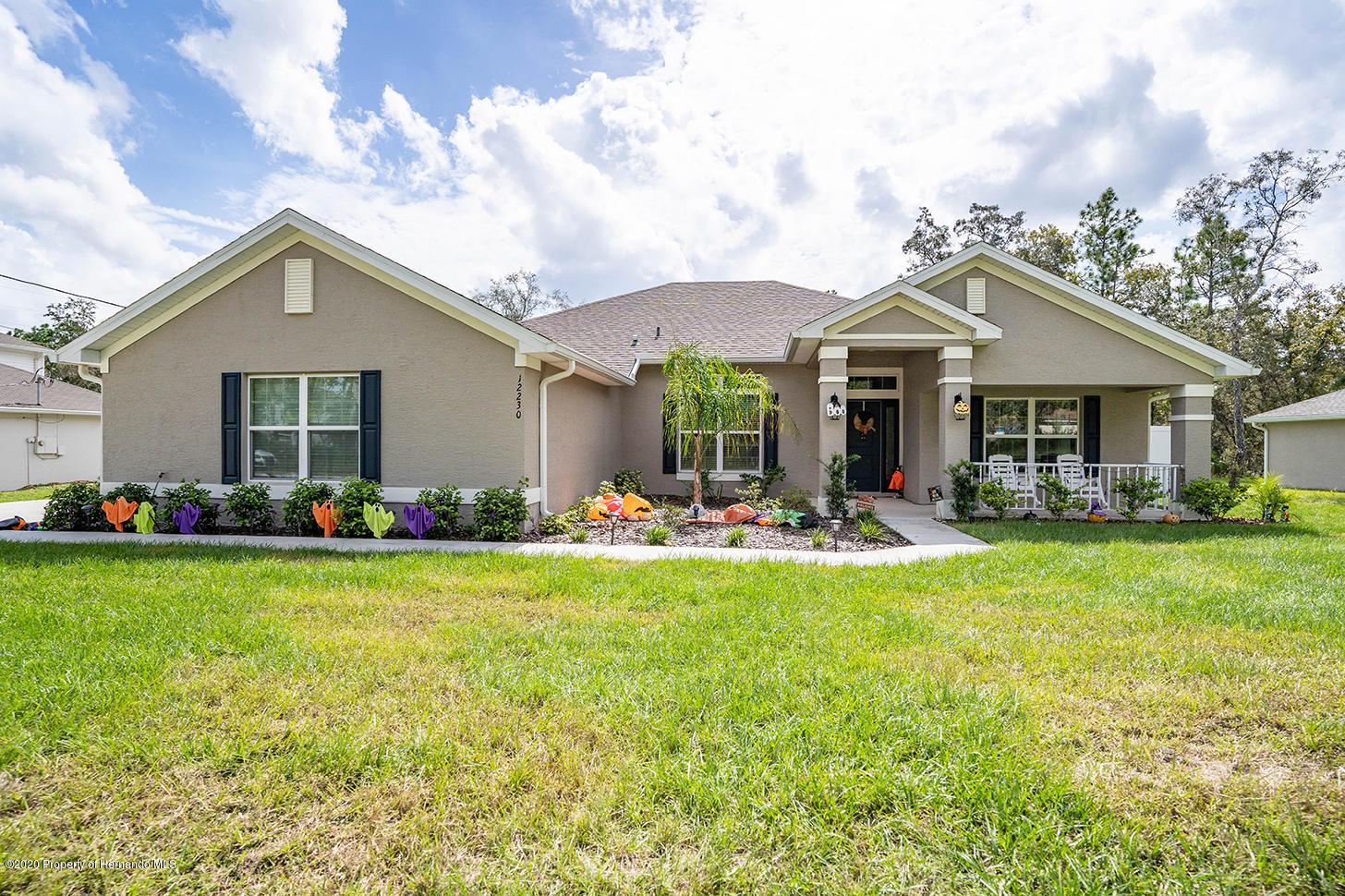Details for 12230 Pine Finch Avenue, Weeki Wachee, FL 34614