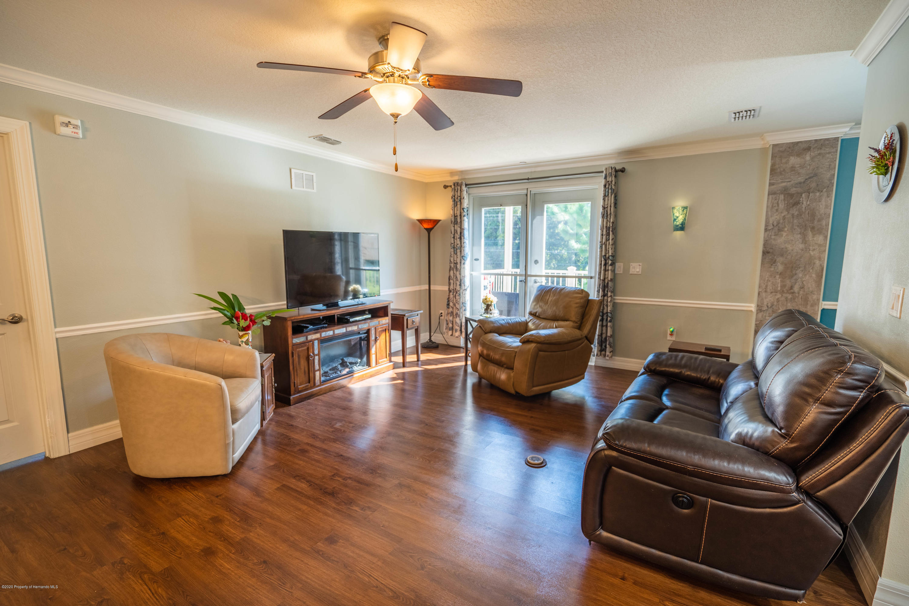 Image 3 For 8160 Southern Pines Drive