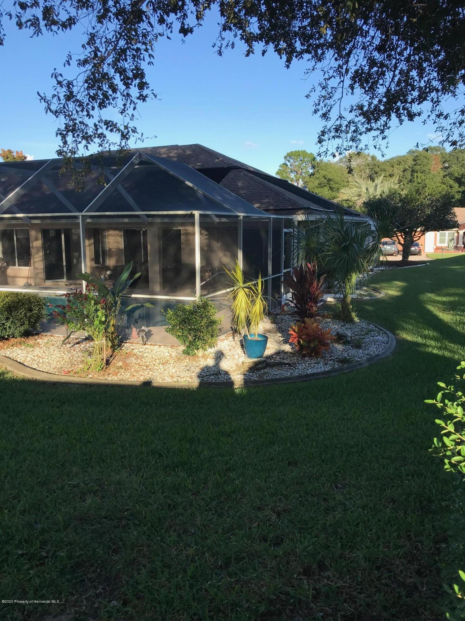 Listing photo id 30 for 1031 Greenturf Road