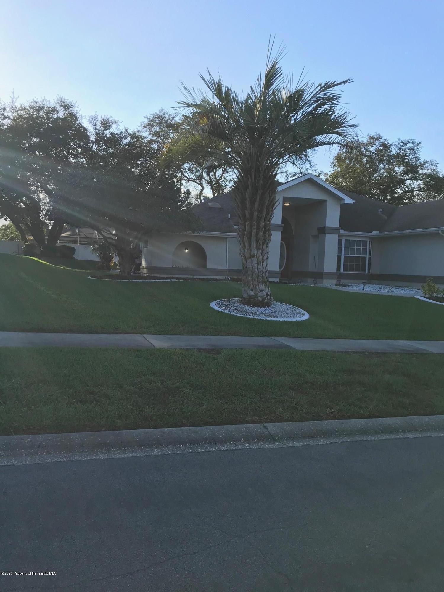 Listing photo id 36 for 1031 Greenturf Road