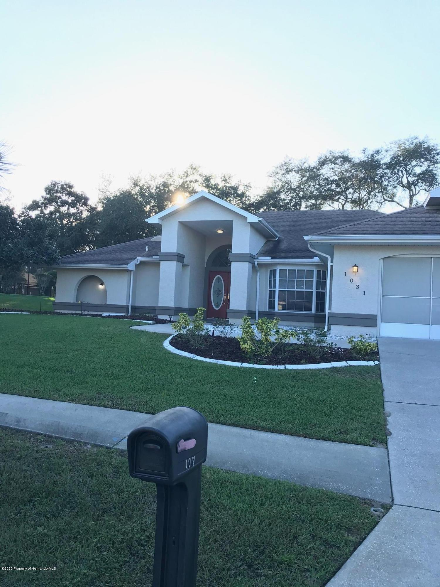 Listing photo id 38 for 1031 Greenturf Road