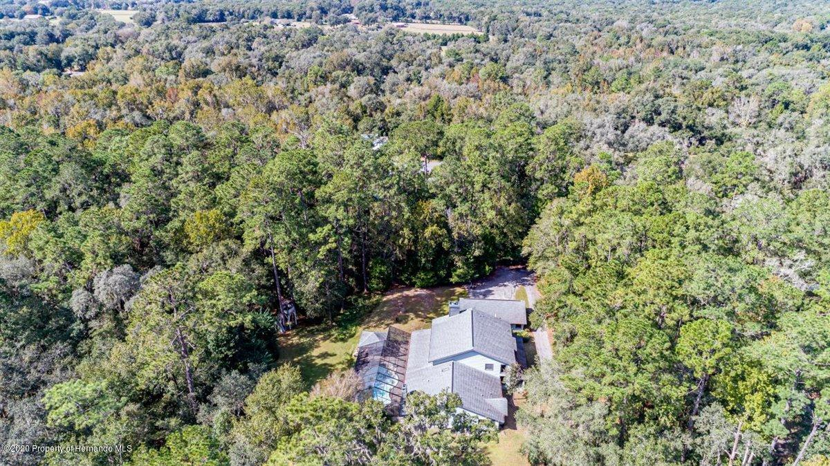Listing photo id 73 for 25340 Withrow Road