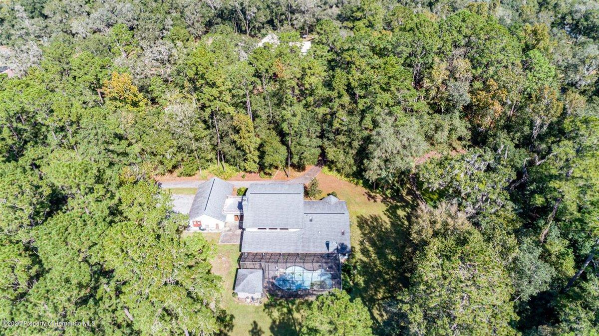 Listing photo id 74 for 25340 Withrow Road