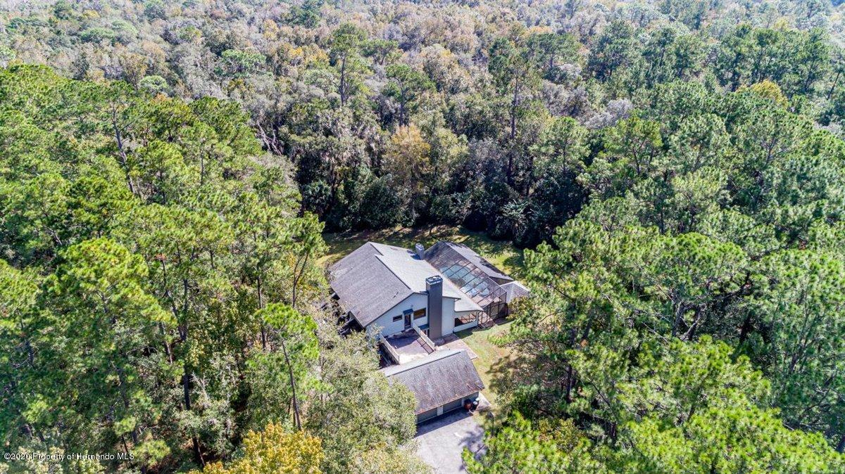 Listing photo id 2 for 25340 Withrow Road