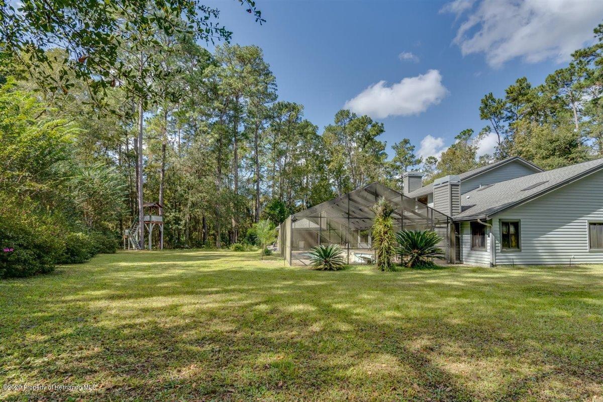Listing photo id 67 for 25340 Withrow Road