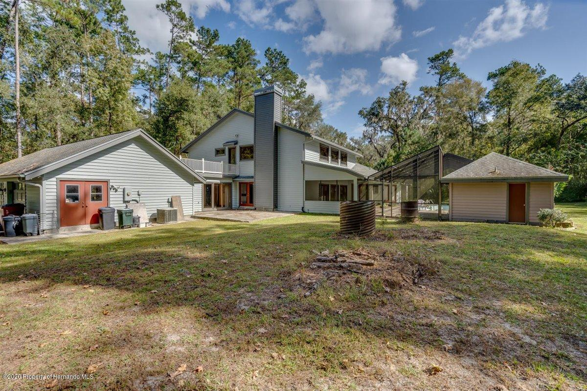 Listing photo id 68 for 25340 Withrow Road