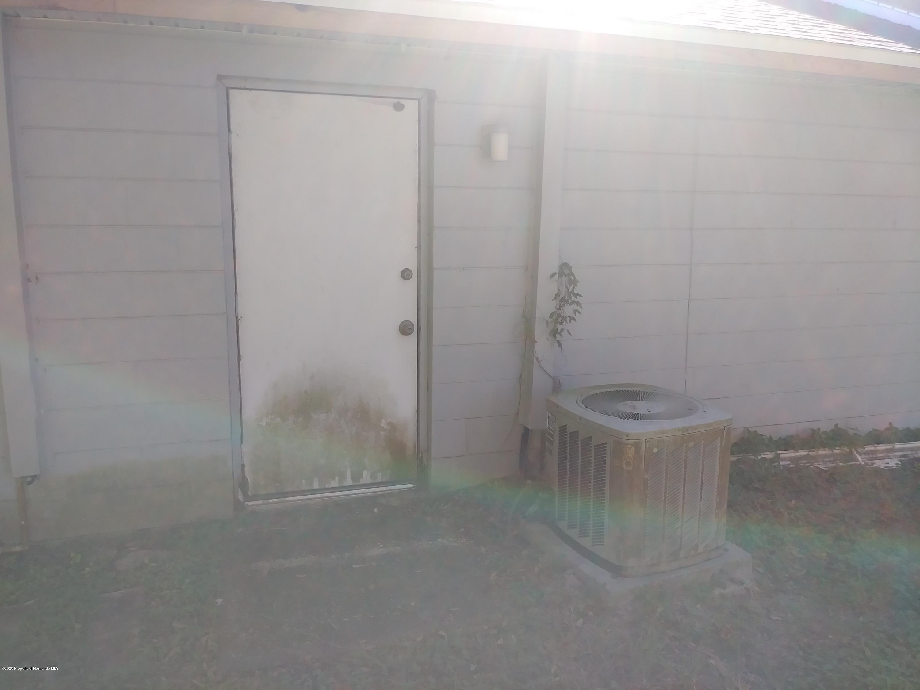 Listing photo id 11 for 33277 Cortez Boulevard