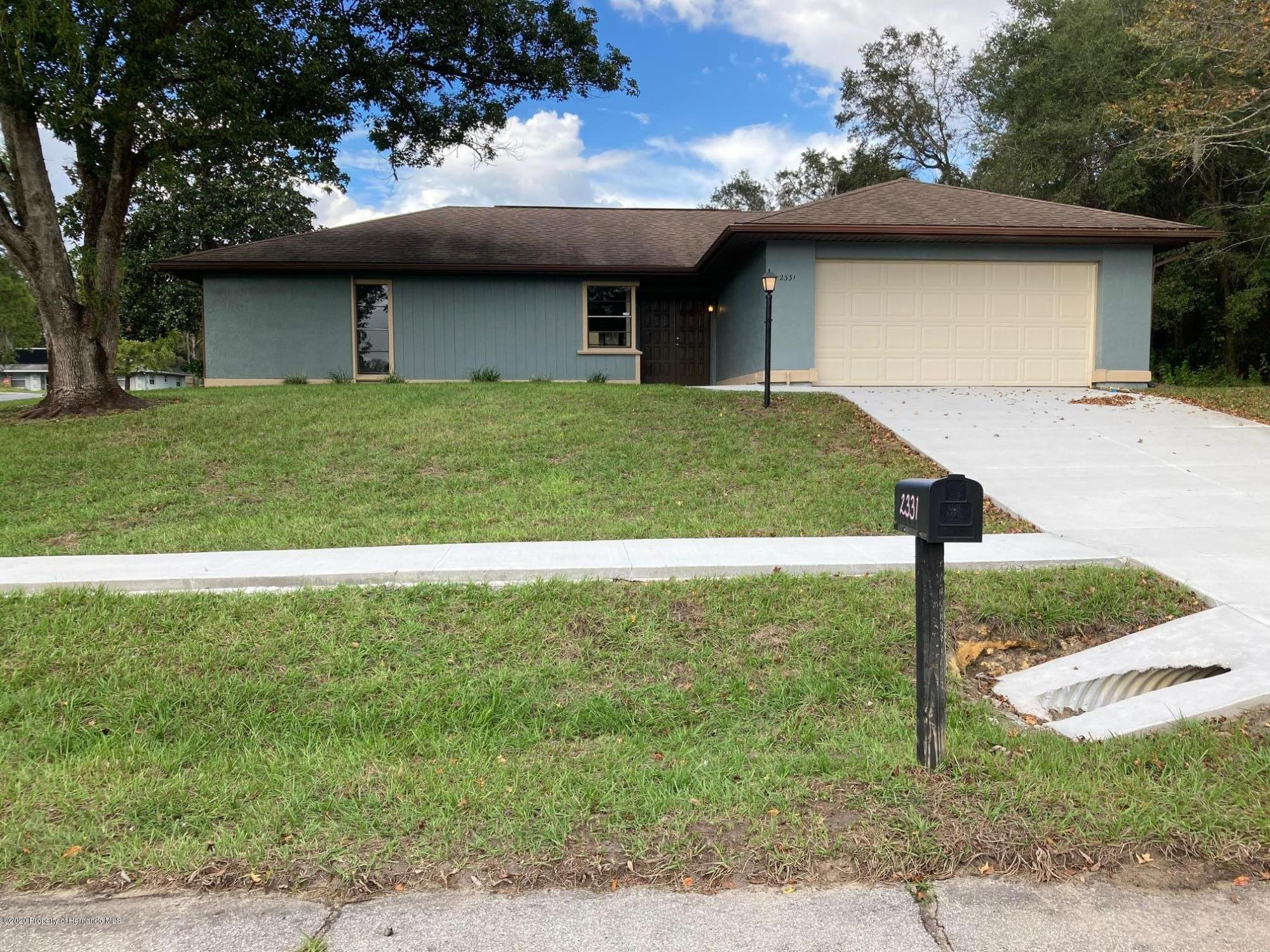 Lisitng Image number2 for 2331 W Menores Drive