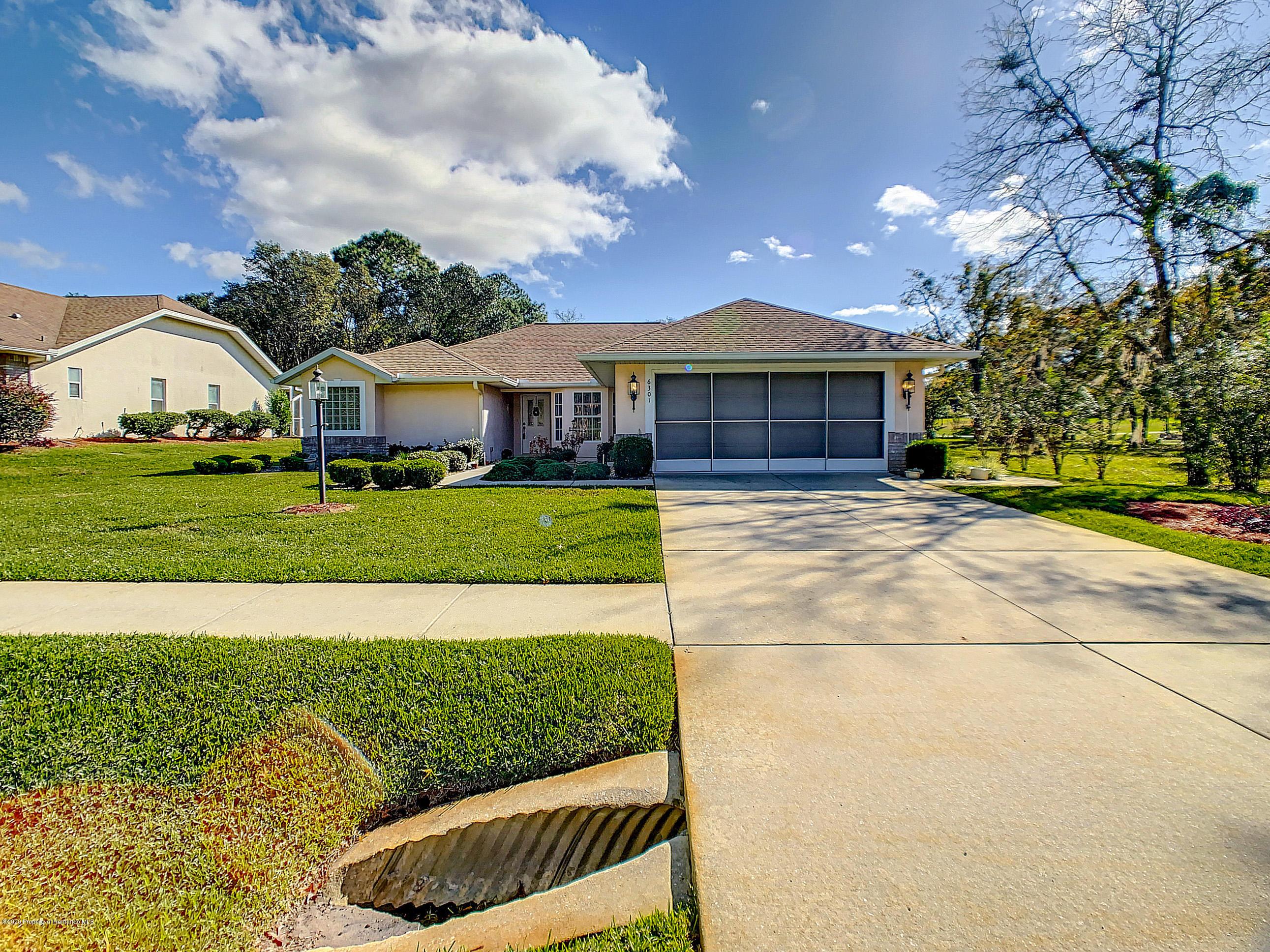 Lisitng Image number12 for 6301 N Misty Oak Terrace