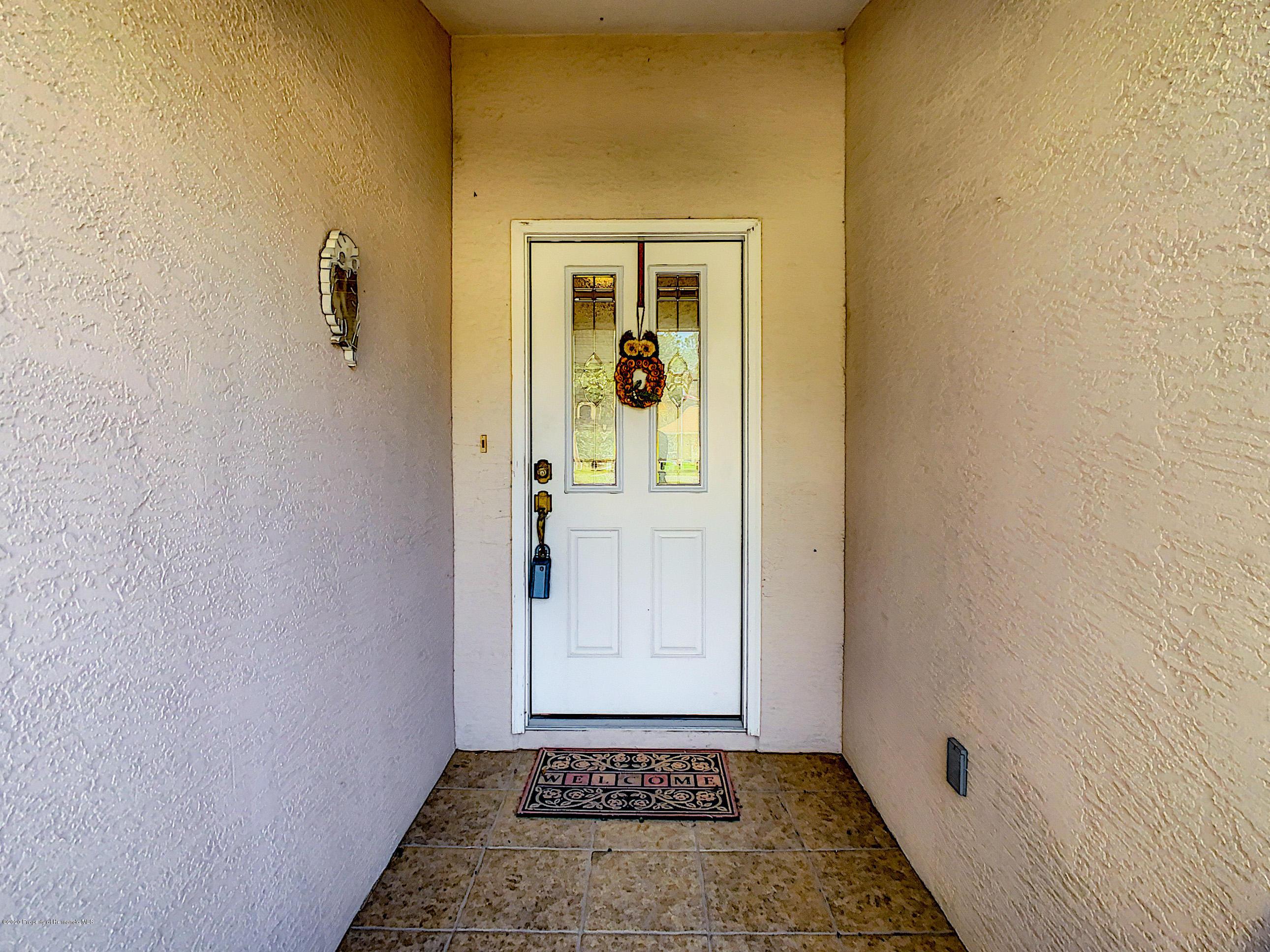 Lisitng Image number15 for 6301 N Misty Oak Terrace