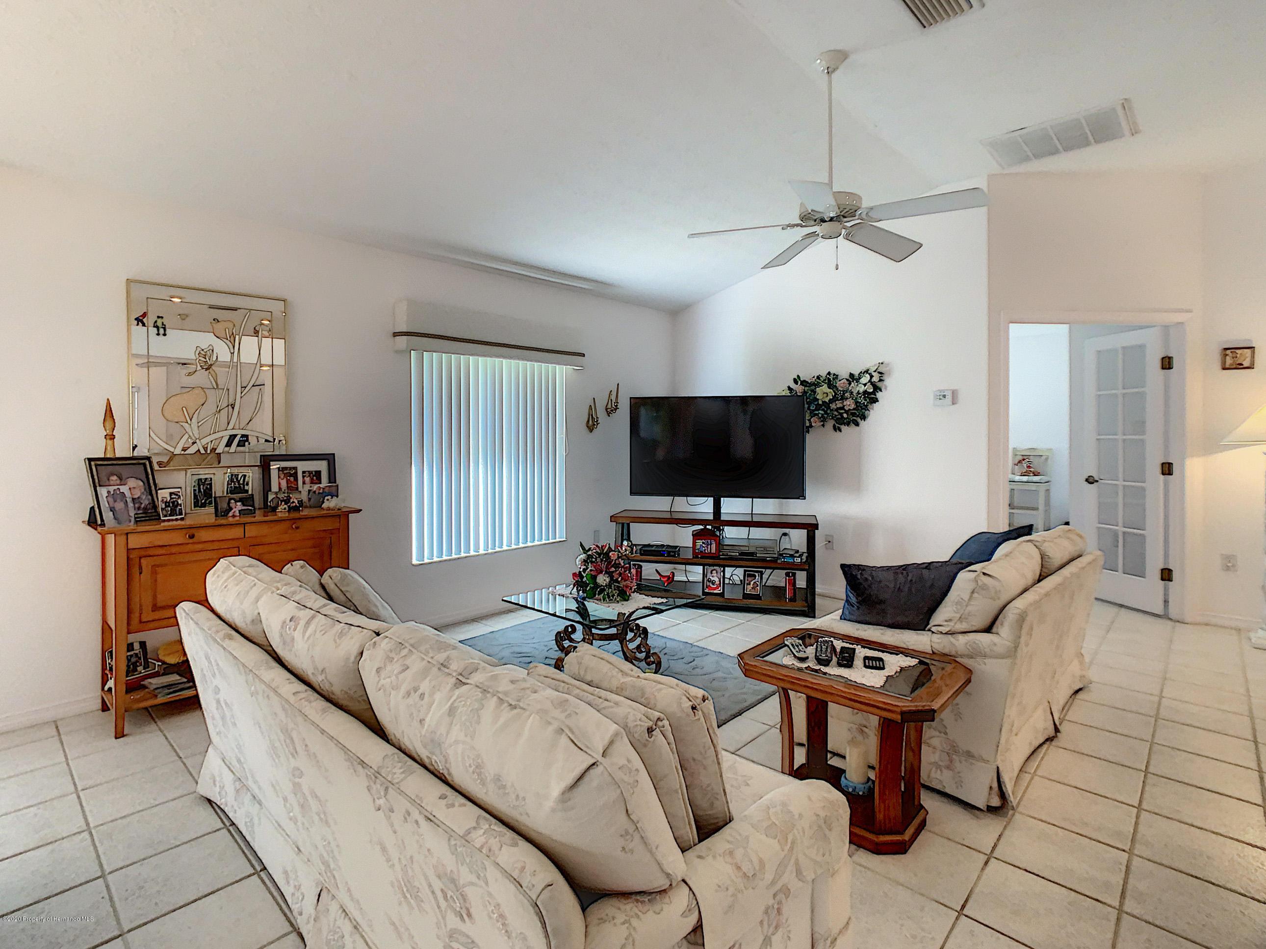 Lisitng Image number19 for 6301 N Misty Oak Terrace