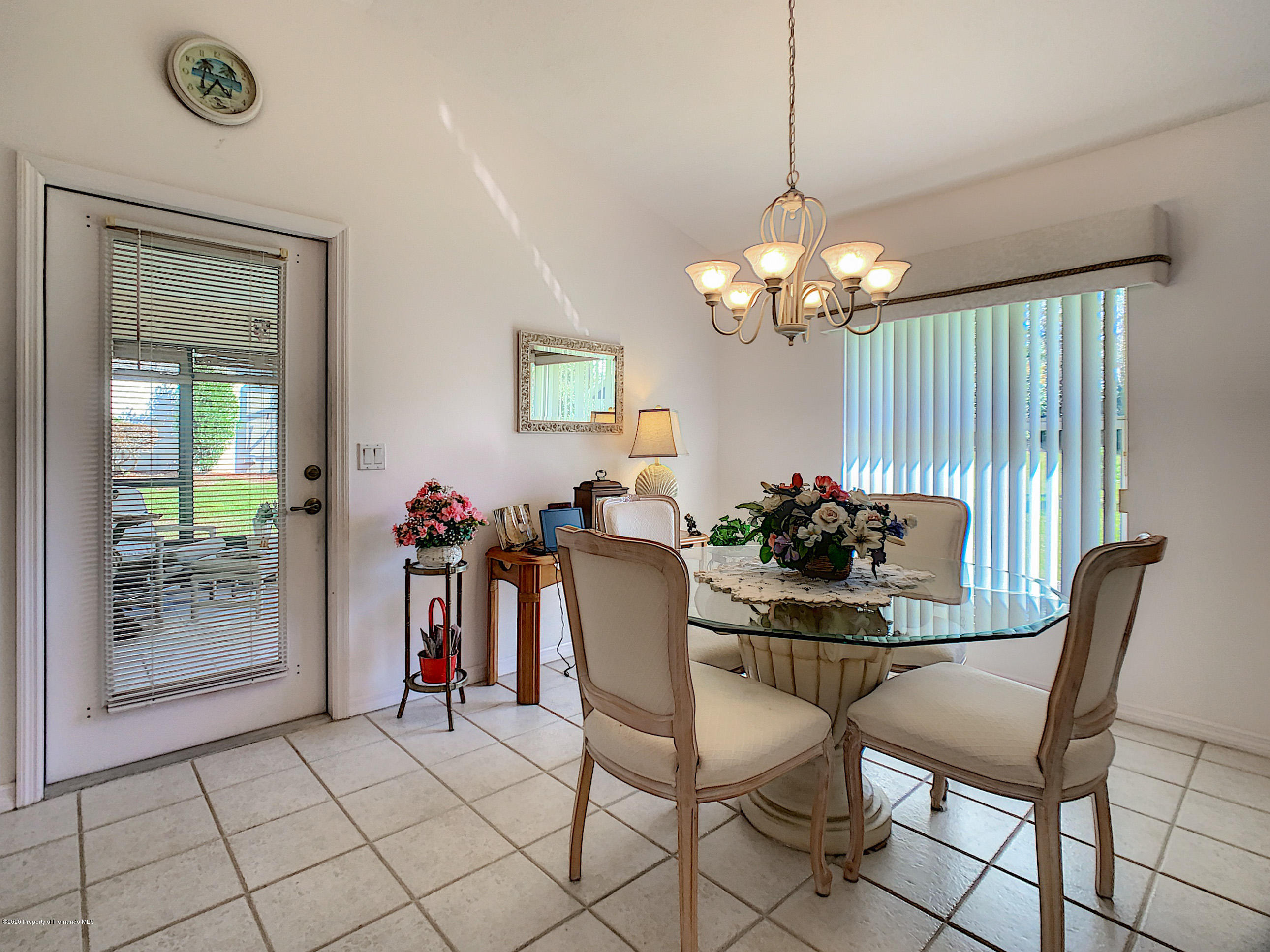 Lisitng Image number30 for 6301 N Misty Oak Terrace