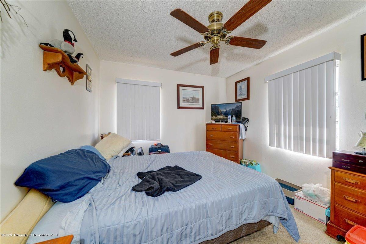 Image 3 For 4488 Bromley Avenue