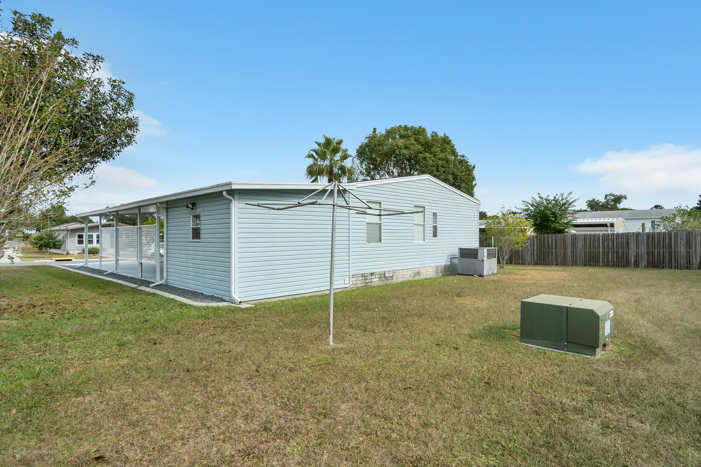 Listing photo id 23 for 14320 Evermore Street