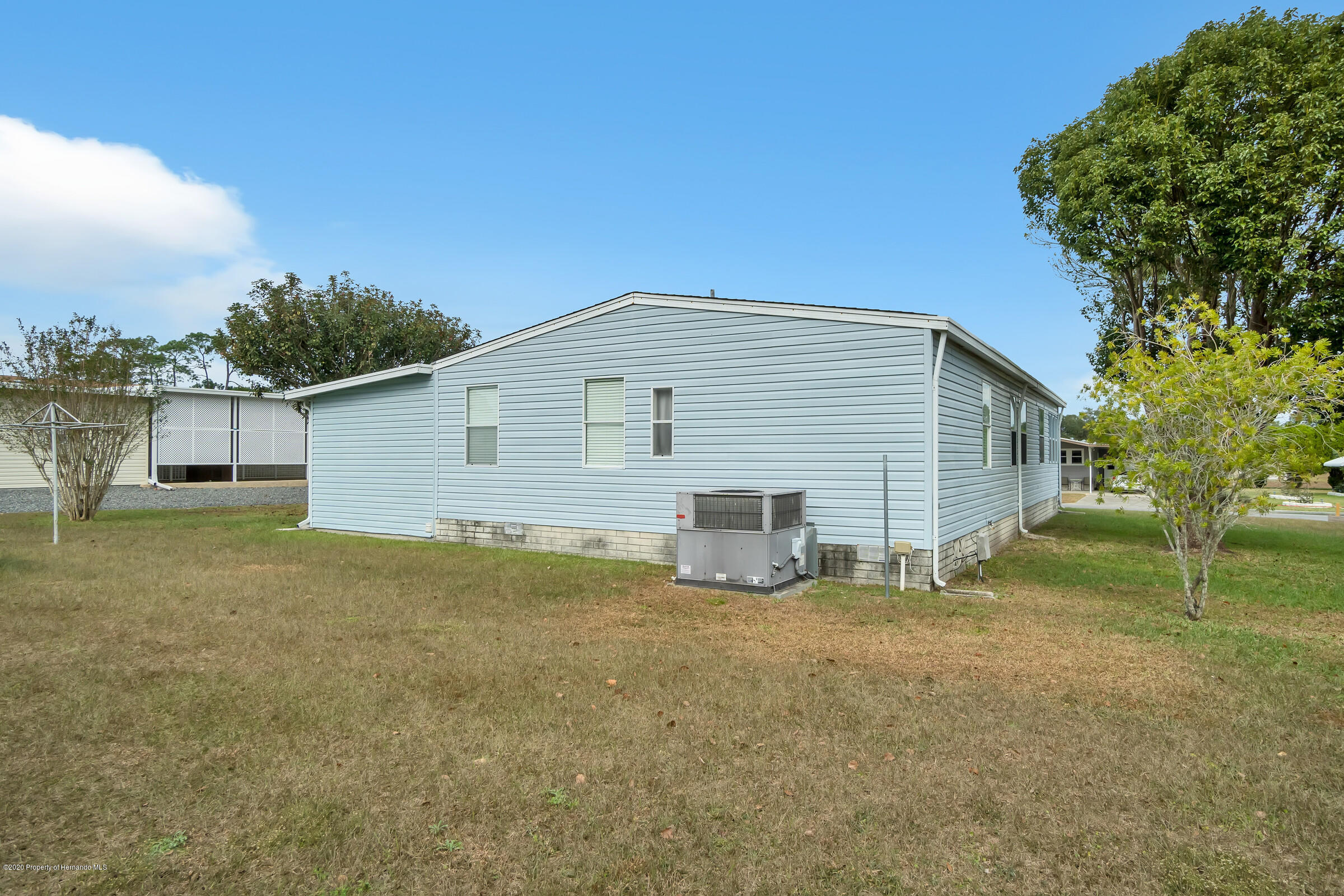 Listing photo id 25 for 14320 Evermore Street