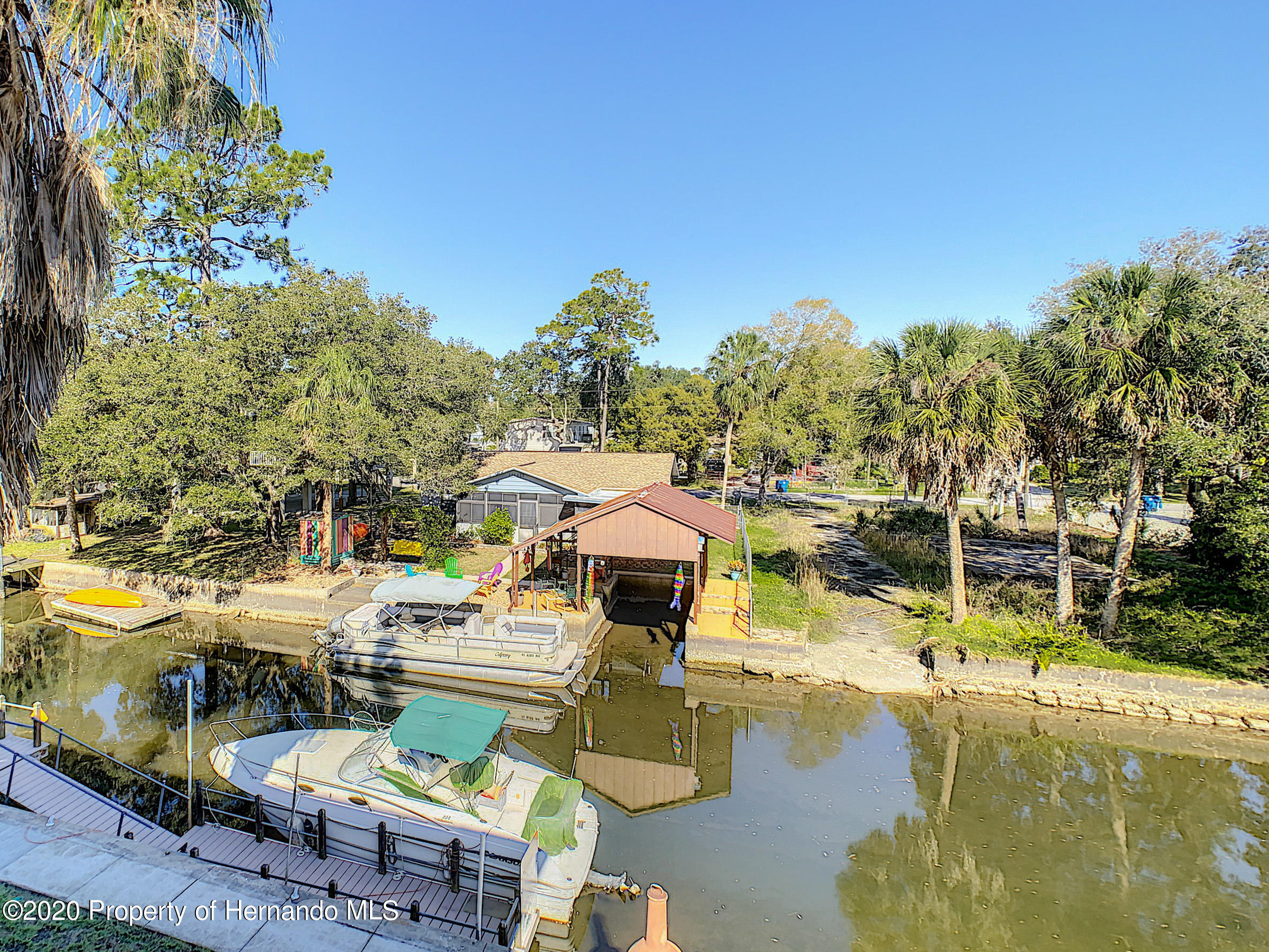 Listing photo id 44 for 6015 Colony Circle