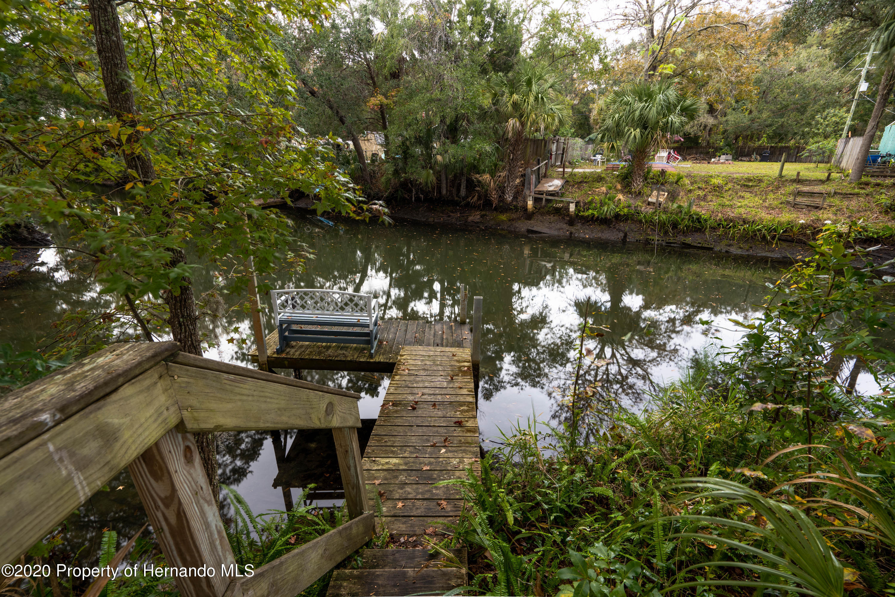 Listing photo id 17 for 6107 Avenue Of The Palms