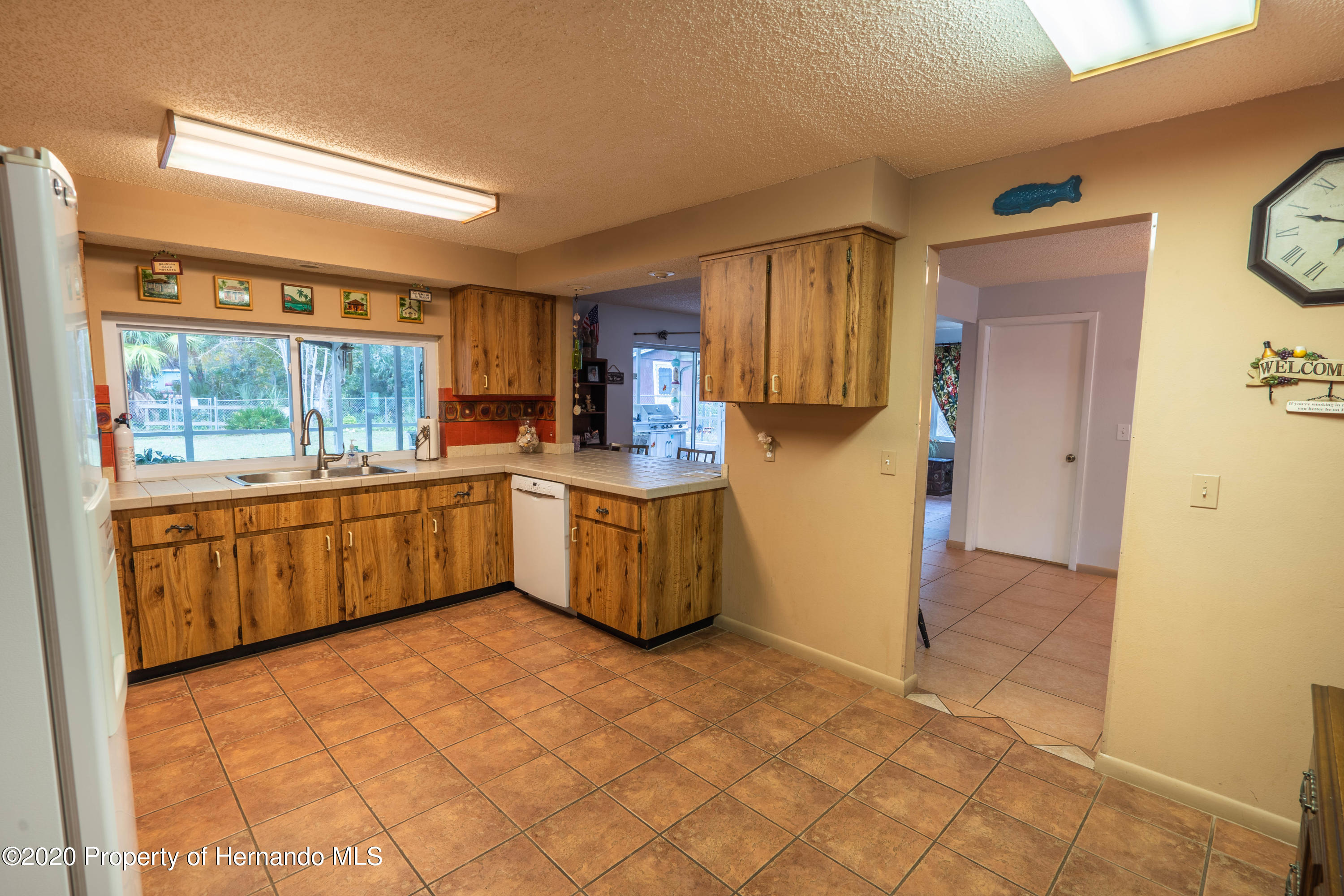 Listing photo id 25 for 6107 Avenue Of The Palms