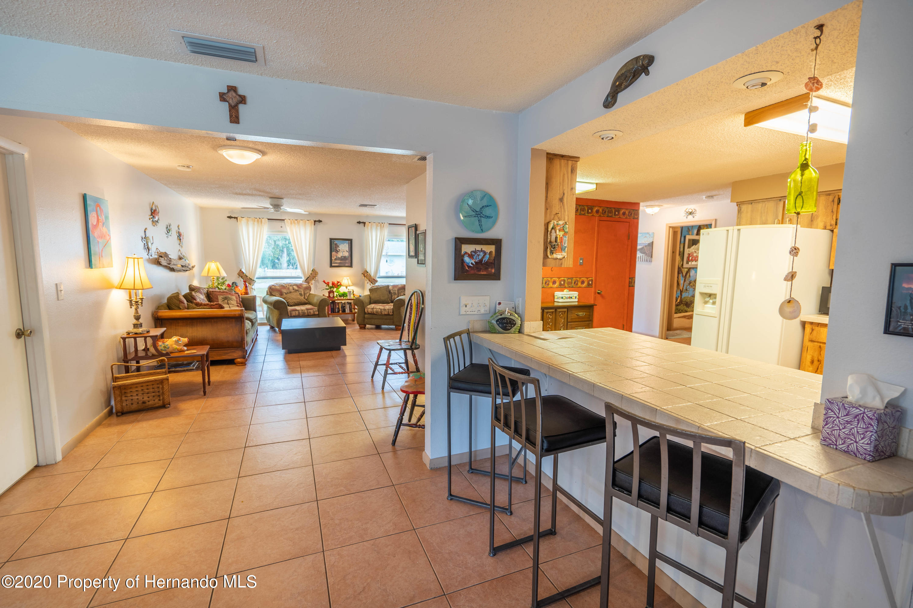 Listing photo id 37 for 6107 Avenue Of The Palms