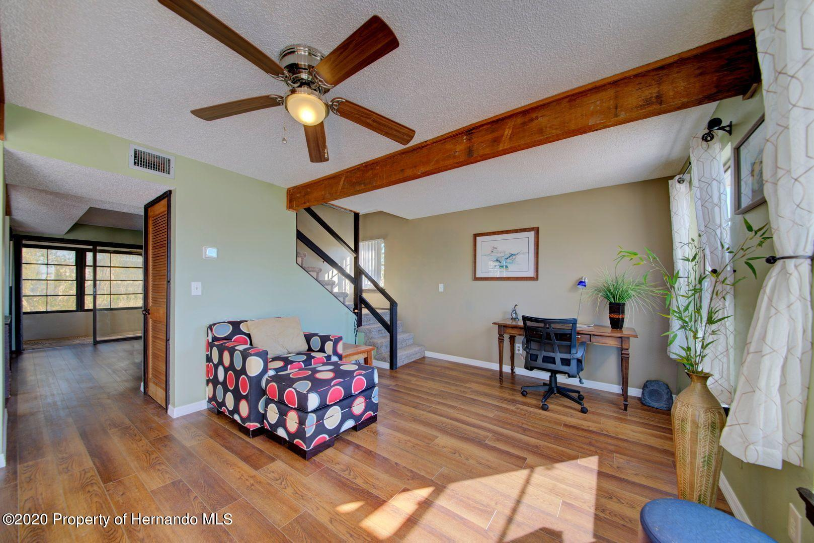 Listing photo id 18 for 3294 Gardenia Drive