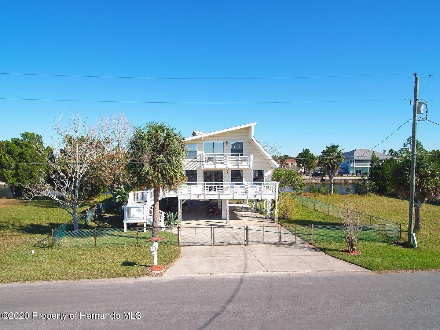 Listing photo id 36 for 3294 Gardenia Drive
