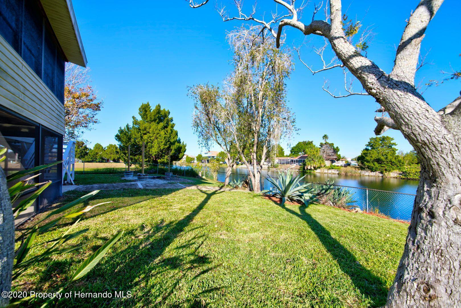 Listing photo id 40 for 3294 Gardenia Drive