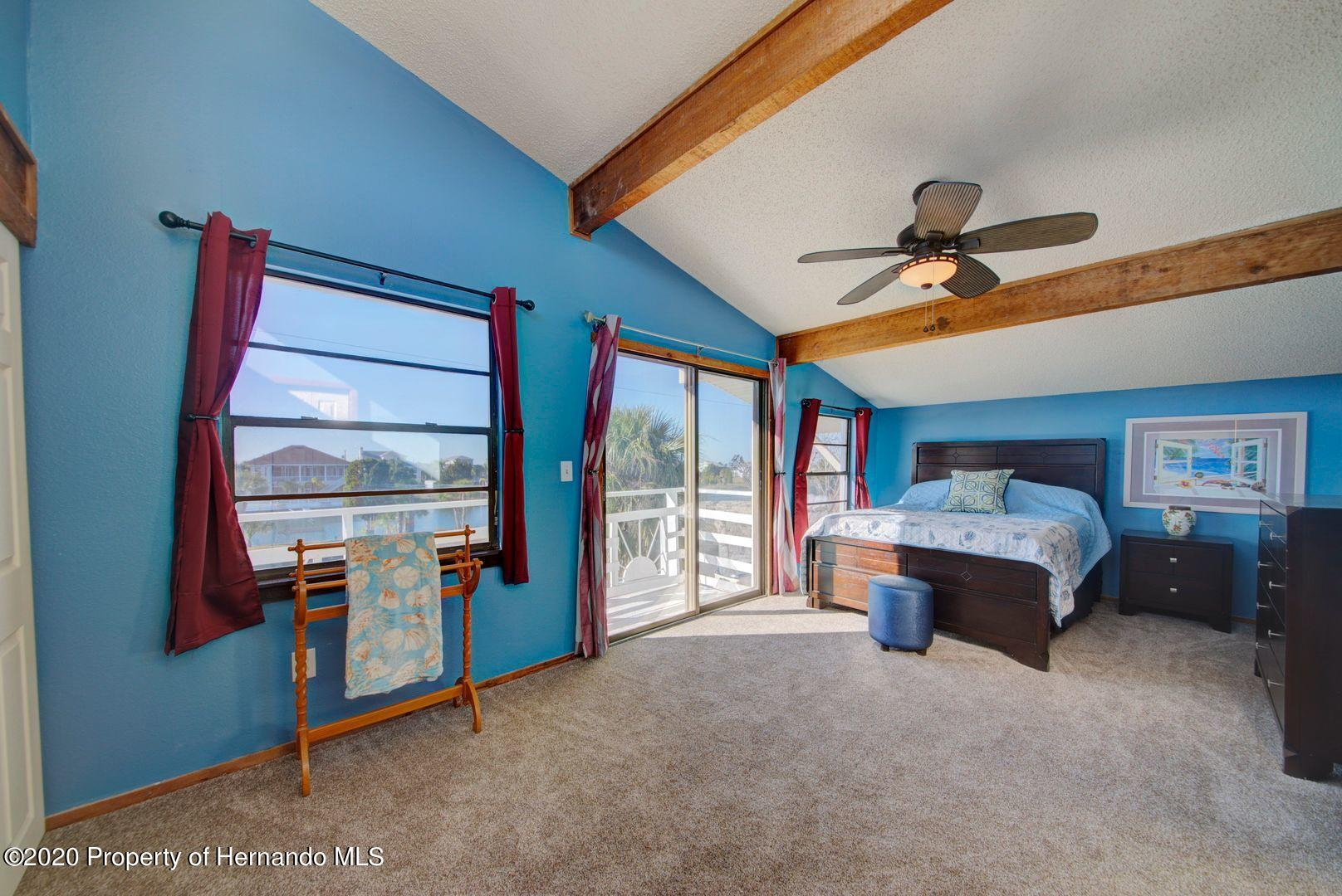Listing photo id 23 for 3294 Gardenia Drive