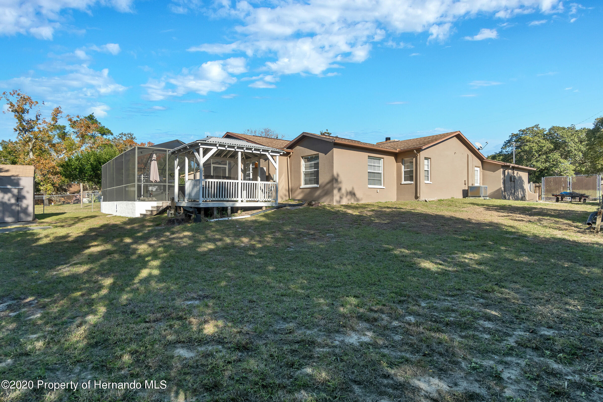 Listing photo id 33 for 2499 Keeport Drive