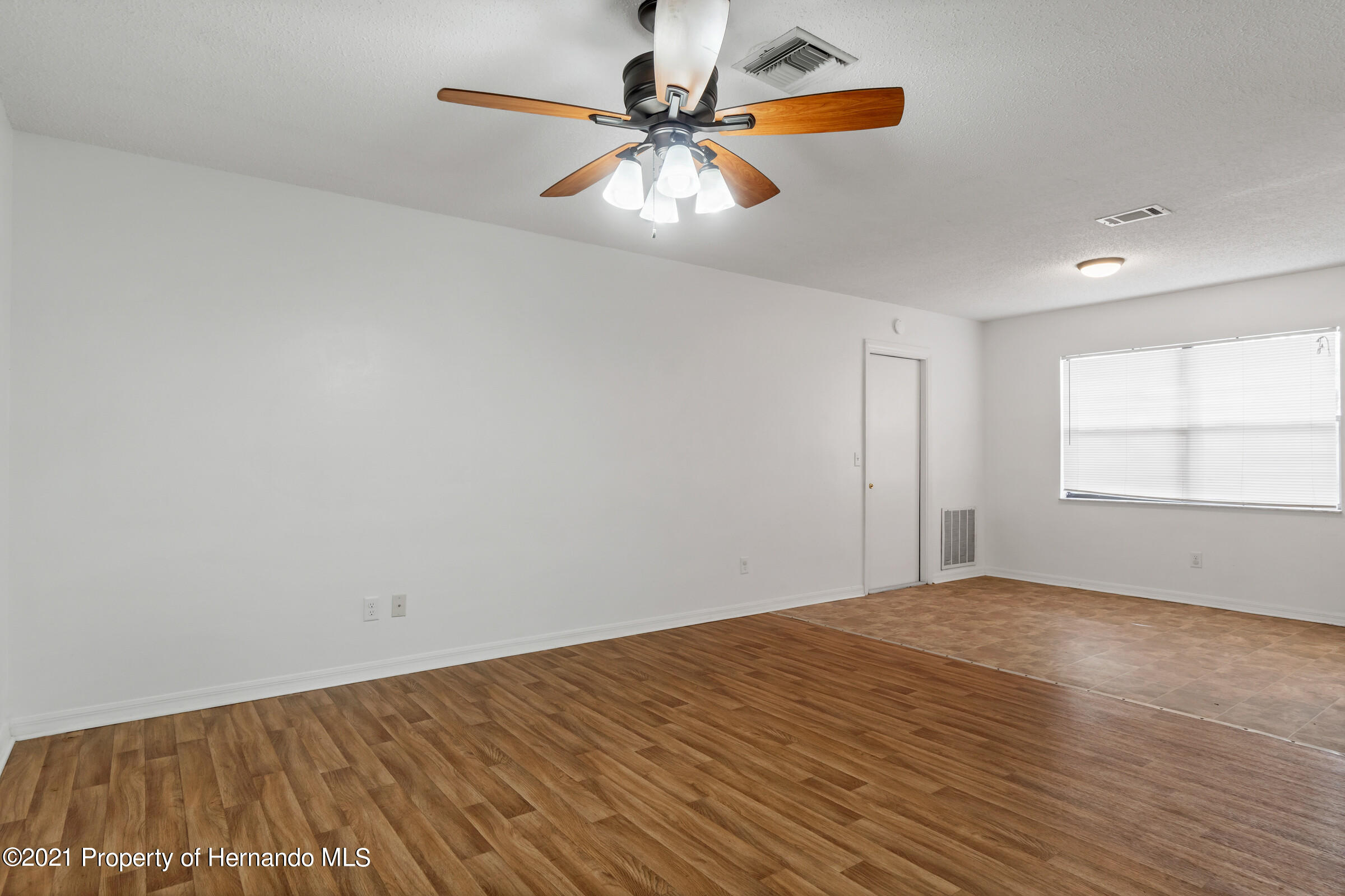 Image 6 For 31242 Stoney Brook Drive