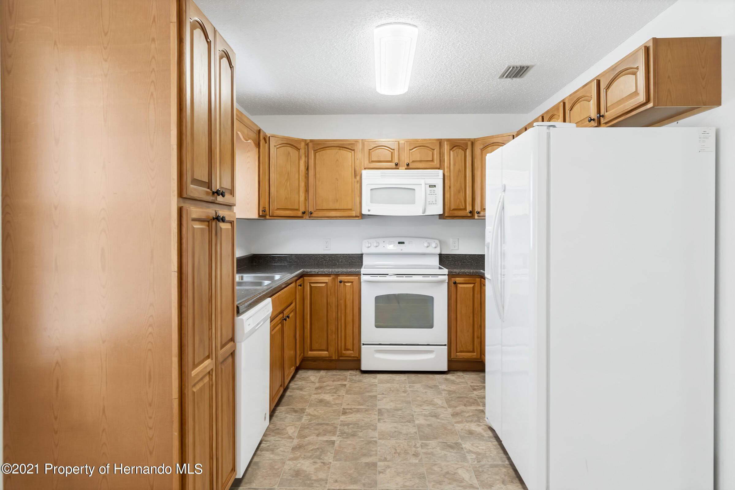 Image 10 For 31242 Stoney Brook Drive
