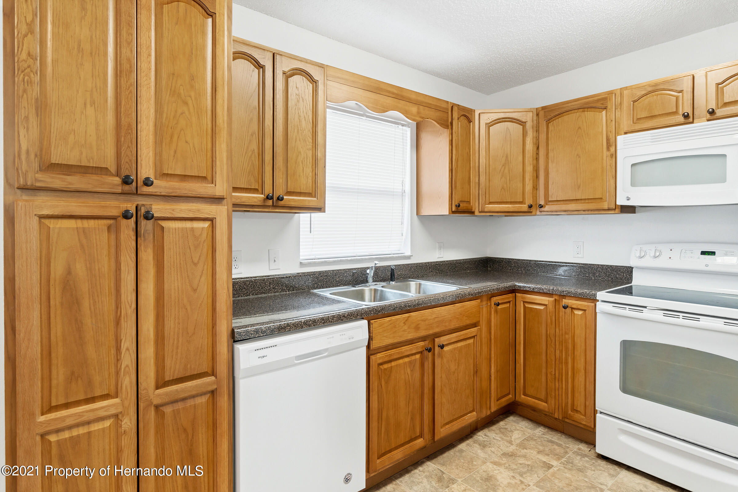 Image 11 For 31242 Stoney Brook Drive