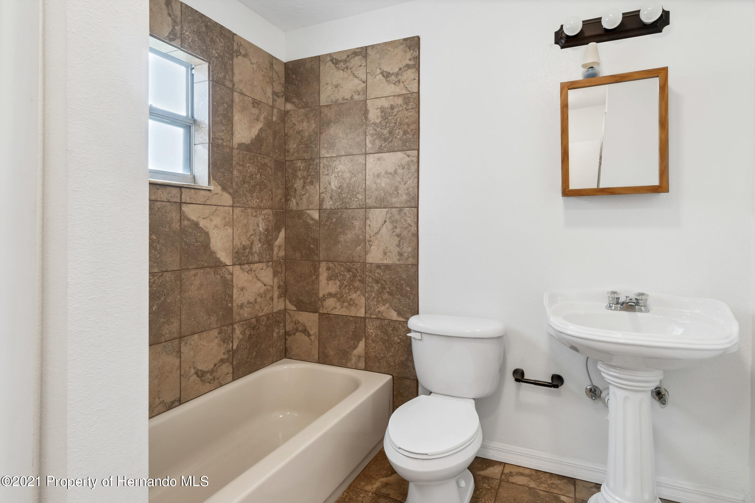 Image 17 For 31242 Stoney Brook Drive