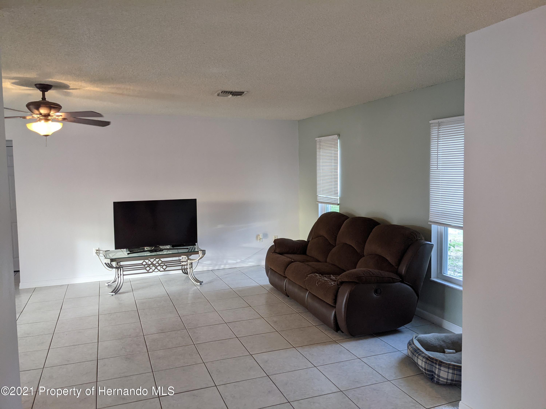 Image 15 For 255 Killinger Avenue