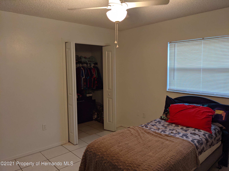 Image 21 For 255 Killinger Avenue