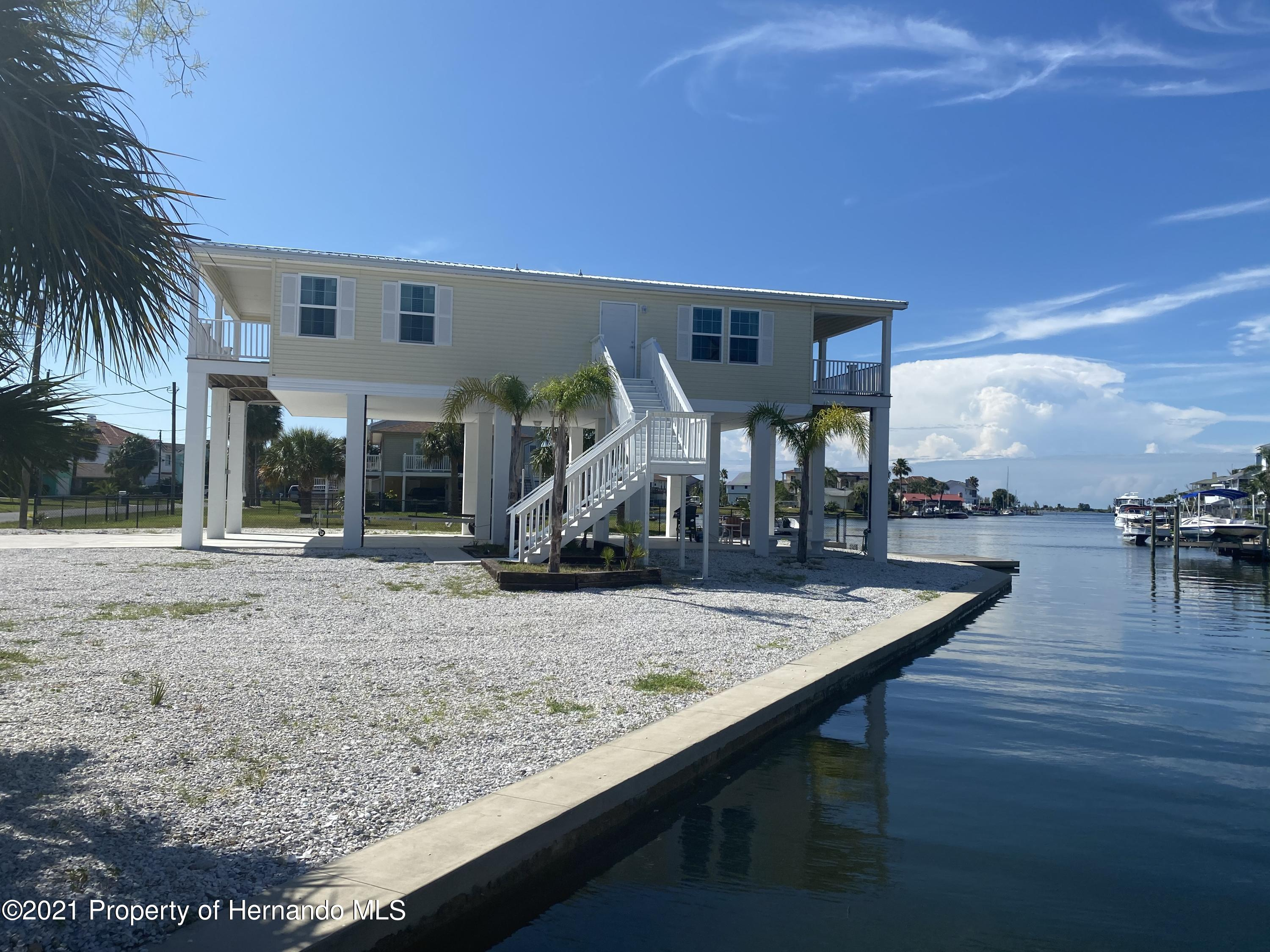 Details for 3229 Gulf Winds Circle, Hernando Beach, FL 34607