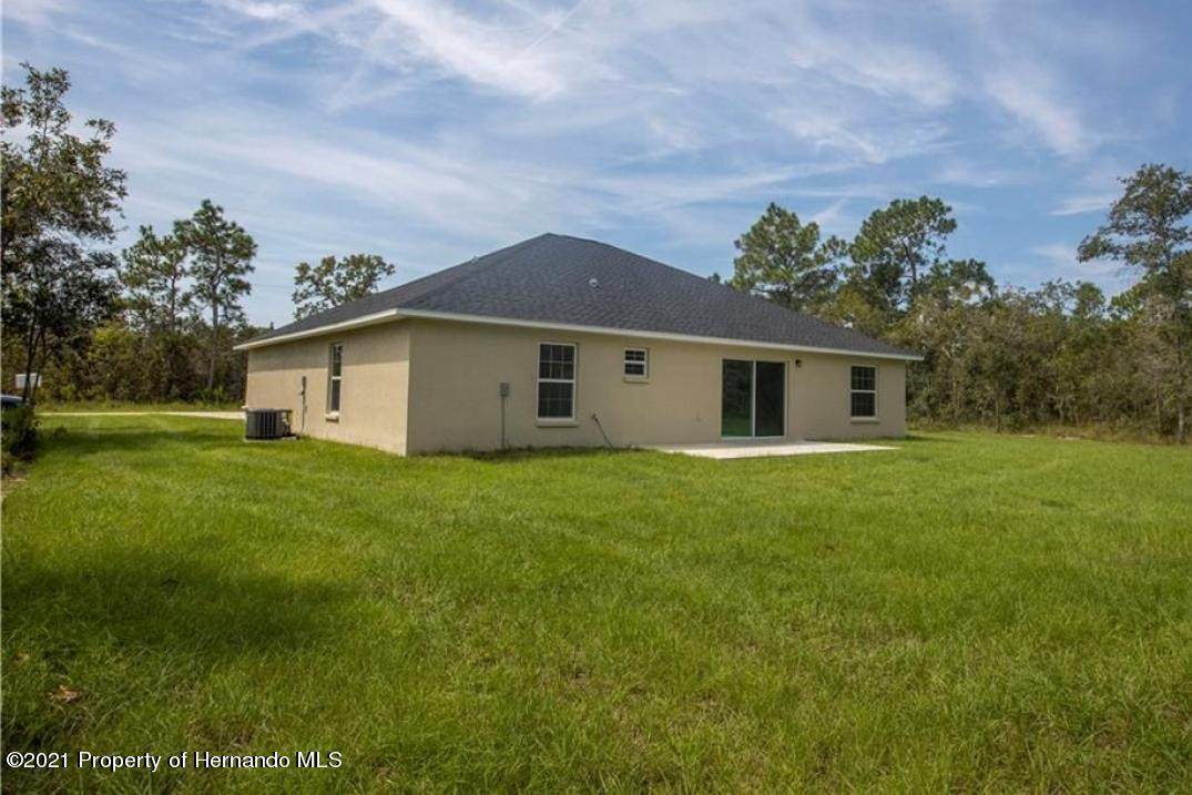 Listing photo id 13 for 16257 Force Road