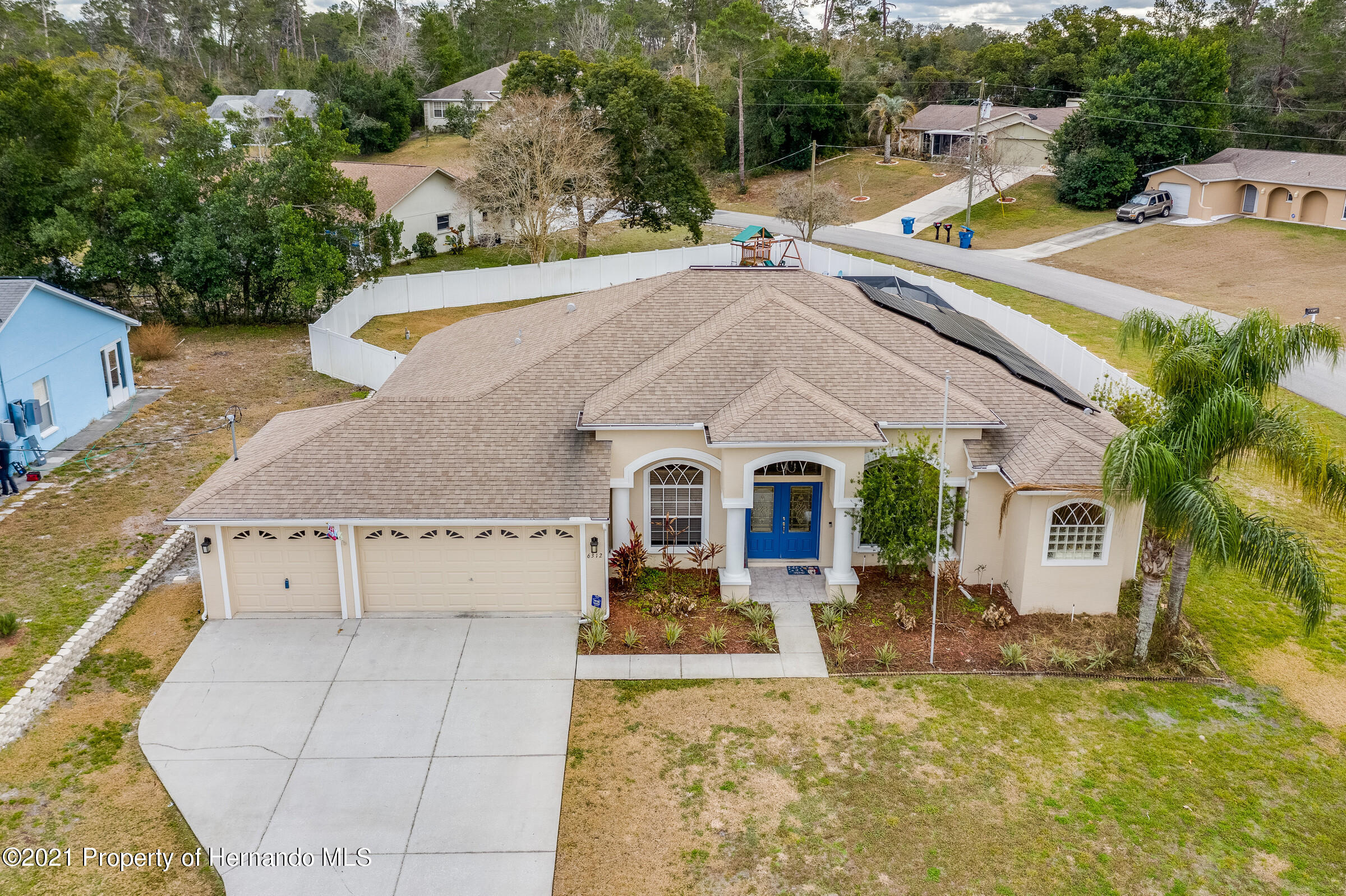Listing photo id 1 for 6312 Freeport Drive